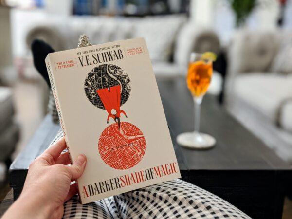 A Darker Shade of Magic Book Review